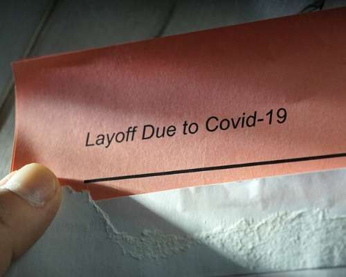 Holding CONIS-19 Layoff Paper